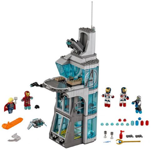 76038 – Attack on Avengers Tower (2015)