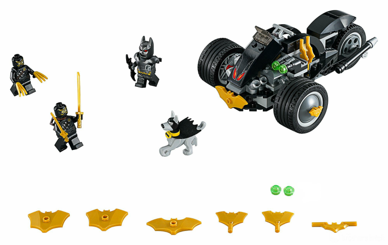 76110 – Batman: The Attack of the Talons